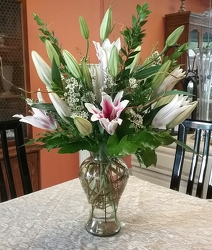 Stargazer Vase from Arthur Pfeil Smart Flowers in San Antonio, TX