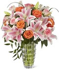 The FTD Sweetly Stunning Luxury Bouquet from Arthur Pfeil Smart Flowers in San Antonio, TX